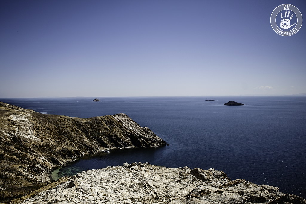 Vistas desde lo alto de la Isla del Sol